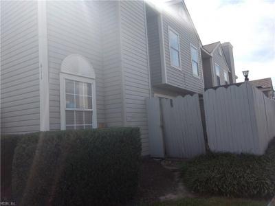 Photo of 611 Barwick Court, Chesapeake, VA 23320