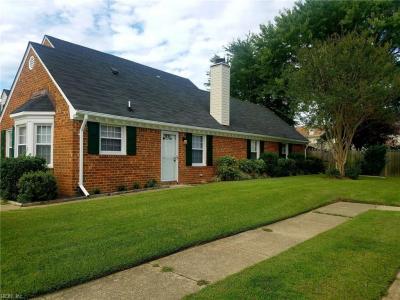 Photo of 459 San Roman Drive, Chesapeake, VA 23322