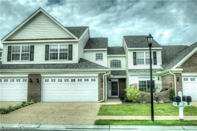 Photo of 1112 Whitburn Terrace #407, Chesapeake, VA 23322