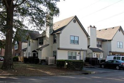 Photo of 956 Saint Andrews Reach #D, Chesapeake, VA 23320