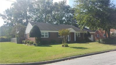 Photo of 624 Hassell Drive, Chesapeake, VA 23322