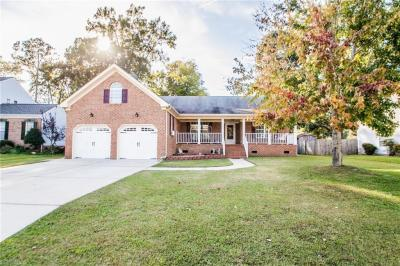 Photo of 712 Meta Pointe Drive, Chesapeake, VA 23323