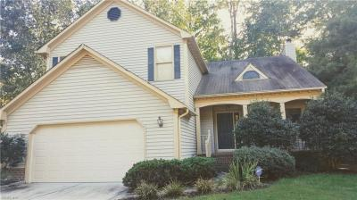 Photo of 801 Hardwood Drive, Chesapeake, VA 23320
