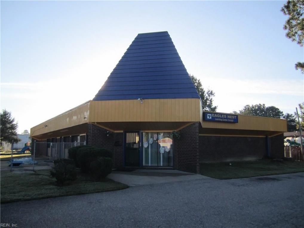 902 Lucas Creek Road, Newport News, VA 23608