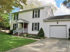 805 Shadowood Lane, Chesapeake, VA 23322
