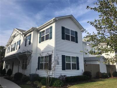 Photo of 711 Lacy Oak Drive, Chesapeake, VA 23320