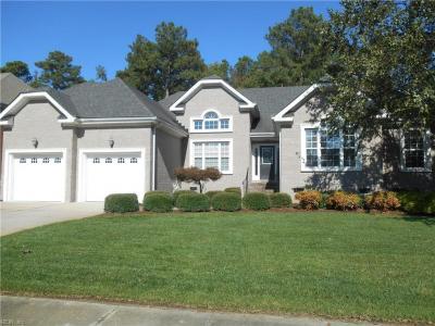Photo of 843 Greenfield Lane, Chesapeake, VA 23322