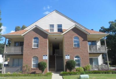 Photo of 532 Pineland Circle #205, Newport News, VA 23608