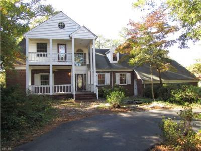 Photo of 502 Piney Point Road, Yorktown, VA 23692