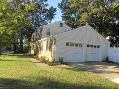 Photo of 521 Pondview Circle, Virginia Beach, VA 23452