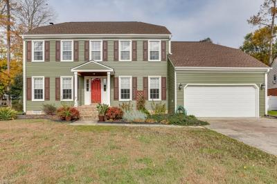 Photo of 808 Chalbourne Drive, Chesapeake, VA 23322
