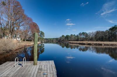 Photo of 14 Parkerson Lane, Chesapeake, VA 23323