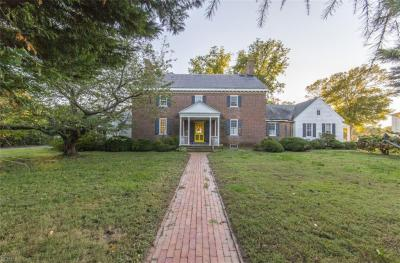 Photo of 400 Stuart Circle, Norfolk, VA 23502