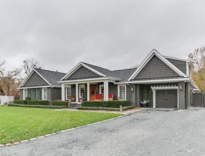 Photo of 204 Hallbridge Drive, Chesapeake, VA 23322