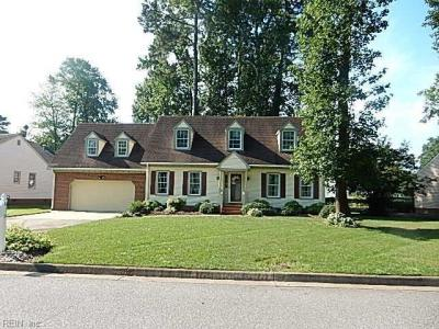 Photo of 825 Donnington Drive, Chesapeake, VA 23322