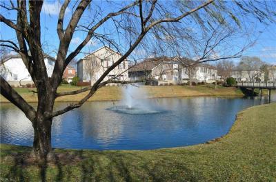 Photo of 423 Blue Beech Way, Chesapeake, VA 23320
