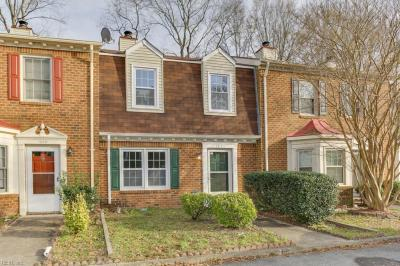Photo of 1221 Cedar Mill Square, Chesapeake, VA 23320