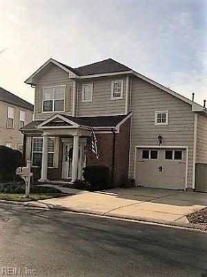 Photo of 518 Silk Tree Lane, Chesapeake, VA 23320