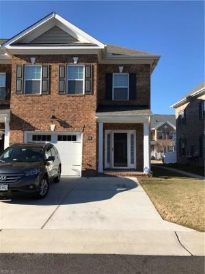 Photo of 1116 Winsford Lane, Chesapeake, VA 23320