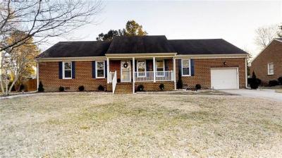 Photo of 809 Weatherby Court, Chesapeake, VA 23322