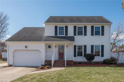Photo of 806 Loretta Lane, Chesapeake, VA 23322