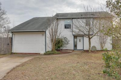 Photo of 713 Weymouth Court, Virginia Beach, VA 23462