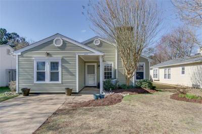 Photo of 917 Scarlet Oak Court N, Chesapeake, VA 23320