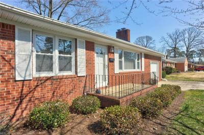 Photo of 5444 Pine Grove Avenue, Norfolk, VA 23502