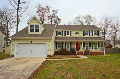 Photo of 2004 Brier Cliff Crescent, Chesapeake, VA 23320