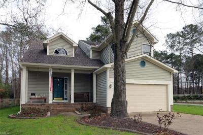 Photo of 861 Hardwood Drive, Chesapeake, VA 23320
