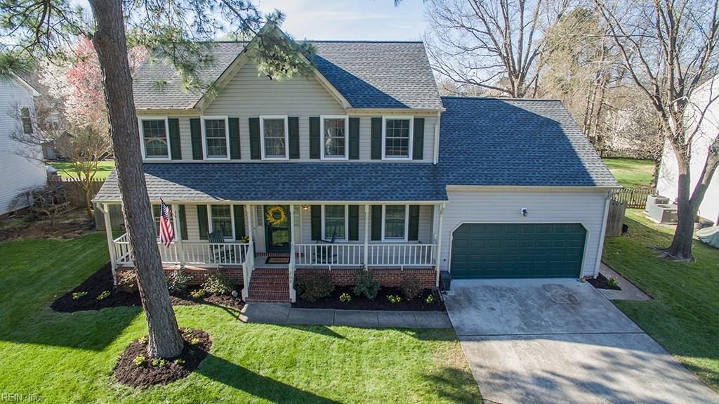 208 Old Oaks Drive, Chesapeake, VA 23322