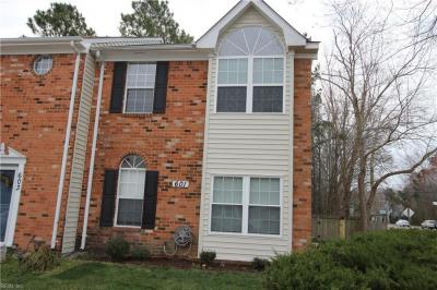Photo of 601 Huntly Drive, Chesapeake, VA 23320