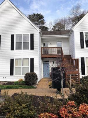 Photo of 924 Ironwood Drive, Yorktown, VA 23693