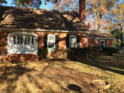 Photo of 345 Briarfield Drive, Chesapeake, VA 23322