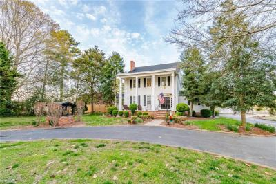 Photo of 2652 Benefit Road, Chesapeake, VA 23323