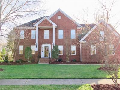 Photo of 301 Sweetbay Drive, Chesapeake, VA 23322
