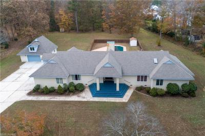 Photo of 604 Fairfield Drive, Chesapeake, VA 23322