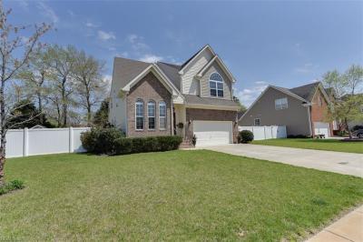 Photo of 724 Chantilly Lane, Chesapeake, VA 23322