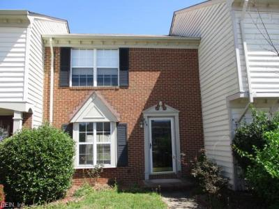 Photo of 806 Elgin Court, Chesapeake, VA 23320