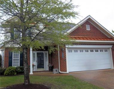 1572 Scoonie Pointe Drive, Chesapeake, VA 23322