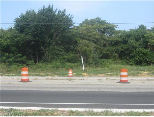 1+ ACR George Washington Mem Highway, Gloucester Point, VA 23062