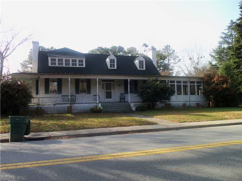 133 Kings Highway Highway, Suffolk, VA 23432