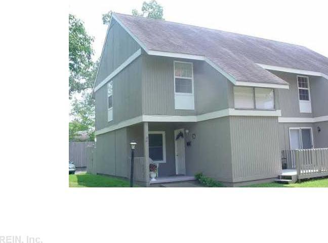 599 Second Ave Avenue W #2b, Franklin, VA 23851