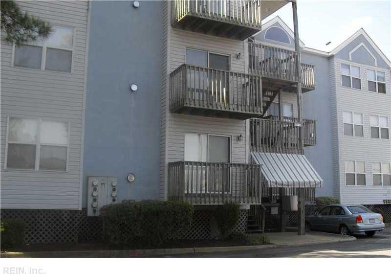 1563 King Street N #103, Hampton, VA 23669