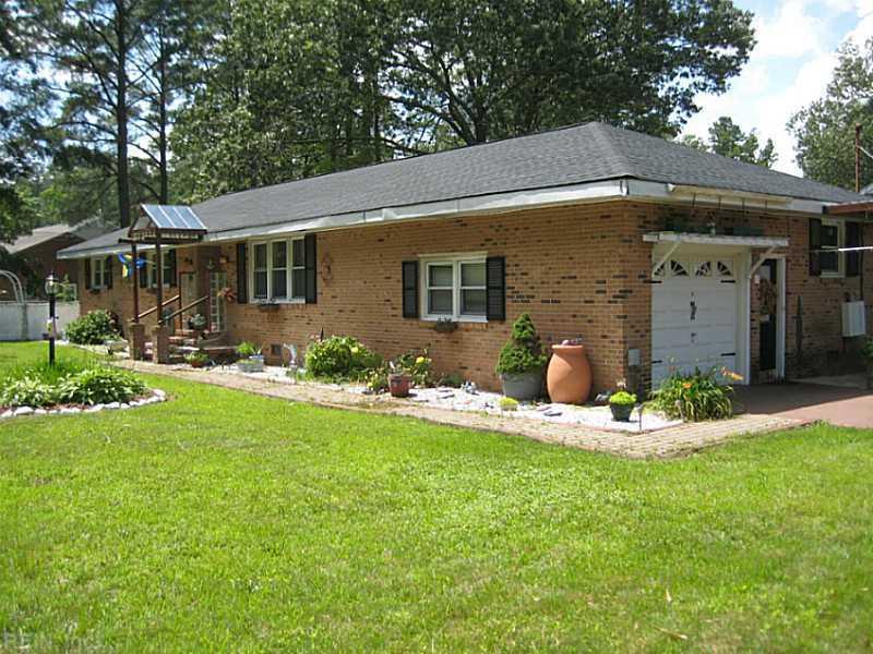 319 Claxton Creek Road, Seaford, VA 23696