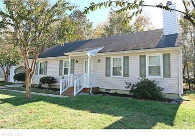 827 Arondale Cres, Chesapeake, VA 23320