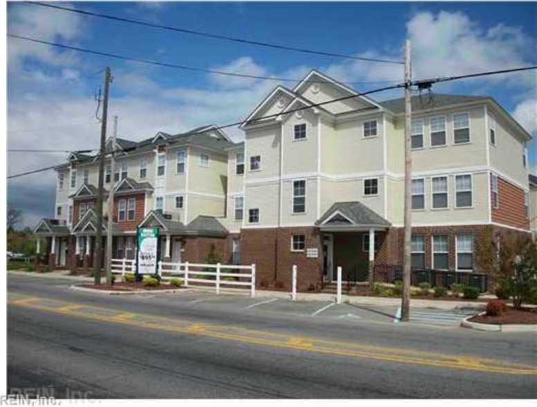 806 Washington Street W #112, Suffolk, VA 23434