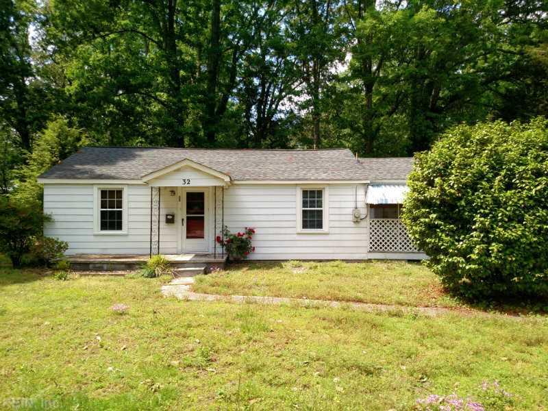 32 Robinson Drive, Newport News, VA 23601