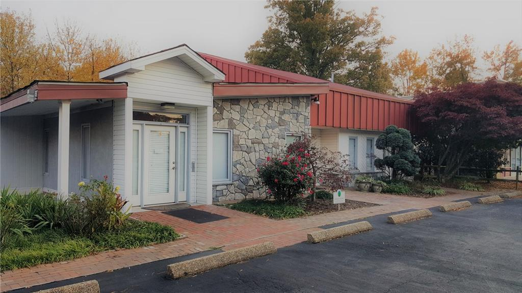 566 Denbigh Boulevard, Newport News, VA 23608