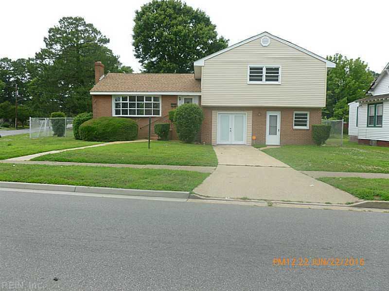 2216 Deep Creek Boulevard, Portsmouth, VA 23704
